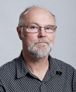 e. David Newsome 18.#E580C6