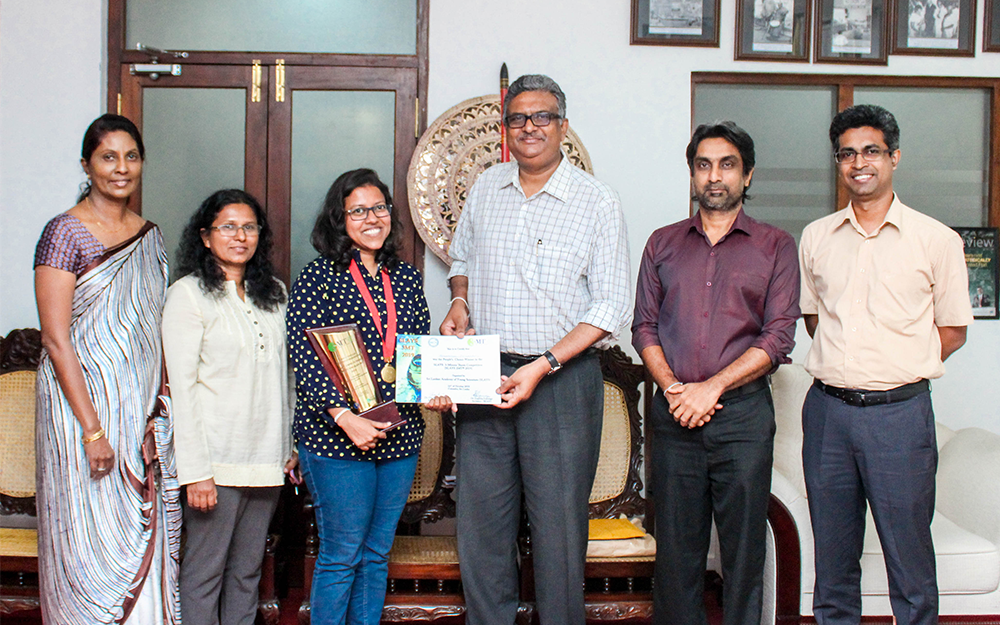 mphil-student-won-popular-paper-award-at-slays-for-research-on-antimicrobial-properties-of-nanoparticles